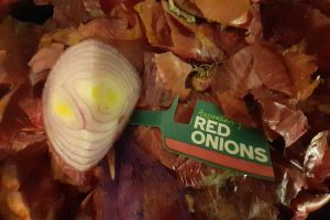 Onions improve your inner good health but take care in their choice!